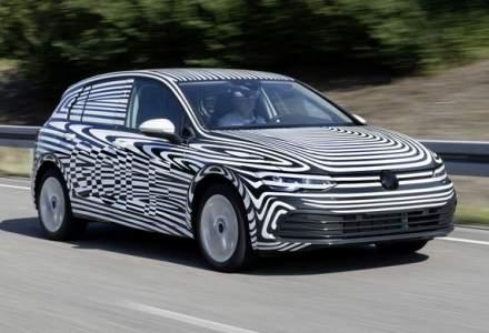 Noua generatie Volkswagen Golf va fi prezentata in 24 octombrie: productia modelului de clasa compacta a debutat deja la uzina din Wolfsburg