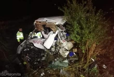 Accident extrem de grav intre Slobozia si Urziceni: 10 morti si 7 raniti dupa o coliziune intre un microbuz si un TIR
