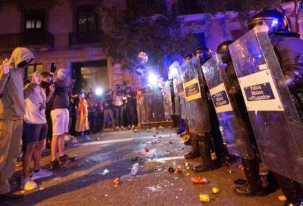 Spania: Noi ciocniri violente, la Barcelona, intre protestatarii socialisti catalani si politie