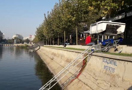 """[FOTO, VIDEO] Prima """"drona"""" care aduna deseurile de plastic din ape a ajuns in Romania si va curata anul acesta Dunarea"""