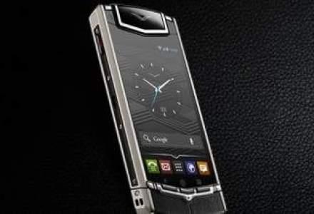 Ai 7.900 de euro? Cel mai nou model Vertu a fost lansat in Romania. Vezi video