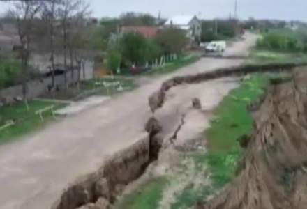 Guvernul da 5 milioane de lei pentru lucrarile la canalul Dunare-Marea Neagra, afectat de o alunecare de teren