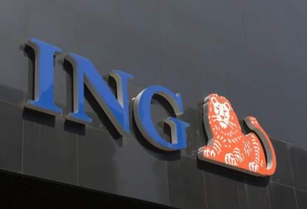 Clientii ING au o noua grila de comisioane si optiunea de retragere de la bancomat fara card