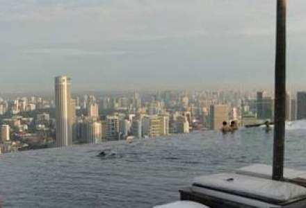 """Cum arata piscina """"infinitului"""" din Singapore"""
