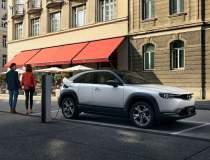Mazda MX-30, costa de la...