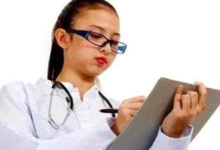 Medicii de familie ar putea fi mai bine platiti daca au peste 2.200 de pacienti pe lista
