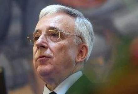 Isarescu aproba solutia din Cipru: Daca cineva tine cateva milioane la o banca, nu ia 0,1% dobanda
