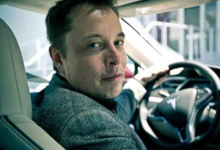 Musk a anuntat oficial data lansarii pentru camioneta electrica: mai buna decat un Ford F-150