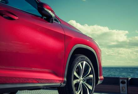 Lexus va prezenta primul model electric in 22 noiembrie