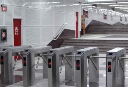 Plata contactless cu cardul la metrou: Metrorex si BCR inaugureaza maine aceasta optiune