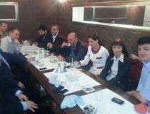Basescu s-a intalnit, la un...