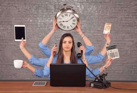 """Peste 400.000 de romani au doua job-uri simultan. Specialistii trag un semnal de alarma: """"Nu putem fi eficienti 14 ore pe zi"""""""