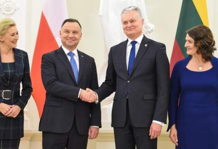 "Polonia si Lituania resping viziunea franceza despre NATO dupa ce Emmanuel Macron a afirmat ca Alianta se confrunta cu o ""moarte cerebrala"""