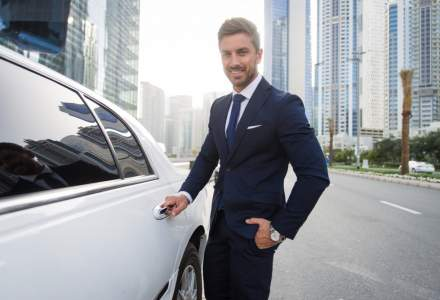 Beneficii extra-salariale incredibile: managerii de top, tentanti cu limuzine si vacante exotice platite
