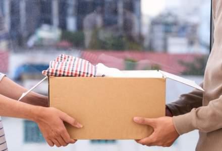 Asociatia Atitudini & Alternative a instalat opt containere pentru donatii de haine in Bucuresti