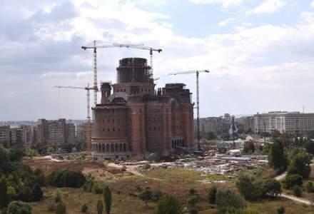 Primaria Sectorului 5 mai pompeaza 4 milioane in Catedrala Mantuirii Neamului