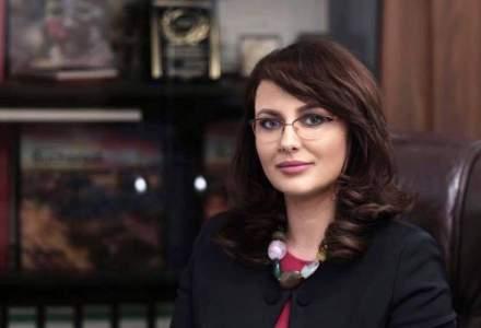 Adriana Cotel, controversata apropiata a lui Darius Valcov, a fost demisa de la conducerea Spitalului Fundeni