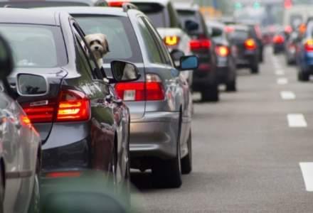 Studiu: 69% dintre soferii romani admit ca depasesc viteza legala cu buna stiinta: aproape jumatate dintre ei parcheaza masina in locuri interzise