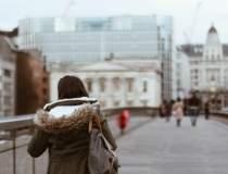 Londra: atacatorul impuscat,...