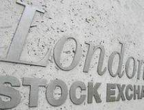 Bursa din Londra reduce...
