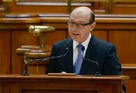 Basescu a promulgat legea privind infiintarea ASF