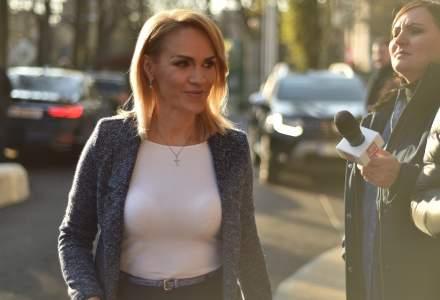 Primaria Capitalei: USR a pierdut procesul intentat Gabrielei Firea pentru calomnie