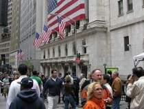 Economia SUA creste cu 2,5%...