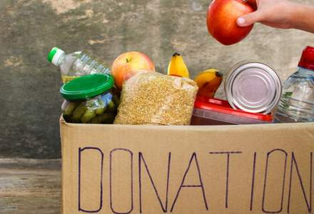 Lidl colecteaza alimente pentru persoane defavorizate in 12 magazine din tara, inainte de Sarbatori