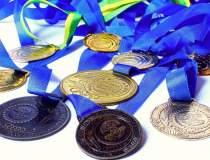 Doua medalii de aur si patru...