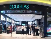 Douglas deschide prima...