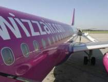 Avion intors pe Aeroportul...