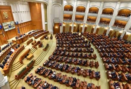 Camera Deputatilor vrea sa cumpere servicii de transport aerian in valoare de pana la 4,5 milioane lei