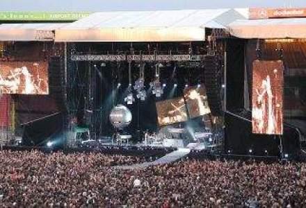 Depeche Mode a ajuns la Bucuresti. Stafful trupei a facut rezervari la cinci hoteluri din Capitala.