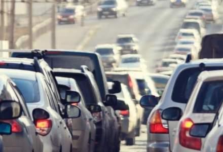 Prahova: Trafic intens pe DN1, coloane de masini in Comarnic, Breaza, Busteni, Auzga