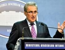 Ministrul de Interne reduce...