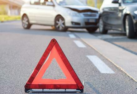 Euroins: Suntem victima lacomiei unor service-uri auto. Un far de Logan, facturat la 400 euro si masini inchiriate la pret de limuzina