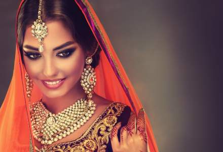 Gospodinele din India detin mai mult aur decat rezervele SUA, Germania si ale altor sapte tari la un loc