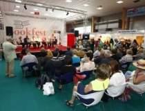 Bookfest 2013 a strans peste...
