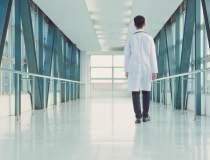 Un manager de spital a luat...