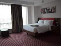 Hilton deschide primul hotel...