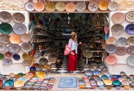 Turism: cei mai multi romanii isi platesc cash vacantele