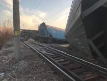 Tren de marfa deraiat:...