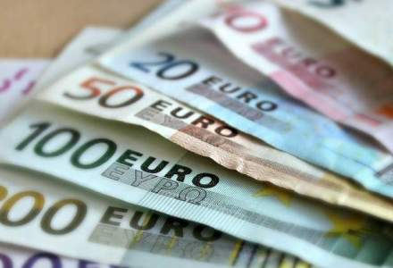 Ritmul de indatorare ne duce la 60% din PIB in 2025: Romania, deficit excesiv
