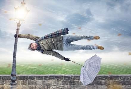 Prognoza ANM: Vânt puternic, ploi, lapoviță și ninsori. Cum va fi vremea în zilele următoare