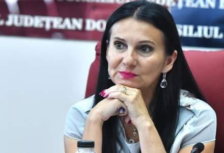 Sorina Pintea, fostul ministru al Sănătăţii în Guvernul PSD, este audiată la sediul central al DNA