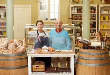 Idei de afaceri de familie: de la mâncarea gătită în bucătărie la recoltarea mierii de albine de pe câmp