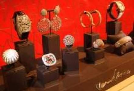 Luxury Show: Diamante, ambarcatiuni si masini de lux