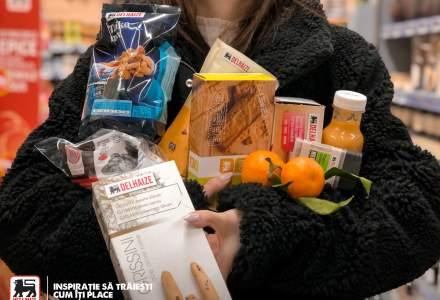 Coronavirus | Mega Image dezinfectează și igienizează magazinele și anunță clienții să păstreze distanța în magazine