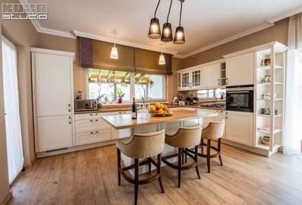 (P) Mobilierul pentru bucătărie perfect – combinație între estetică și funcționalitate