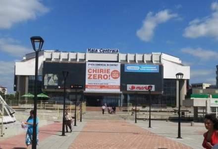 """Un proprietar de mall care o spune """"pe sleau"""" : un centru comercial din Iasi, oficial la chirie zero"""